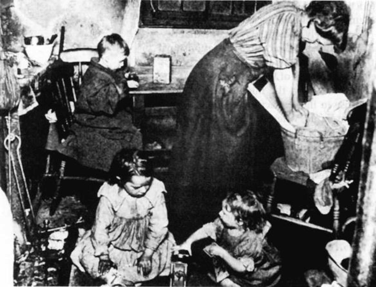 Squalid living conditions in nineteenth century Britain
