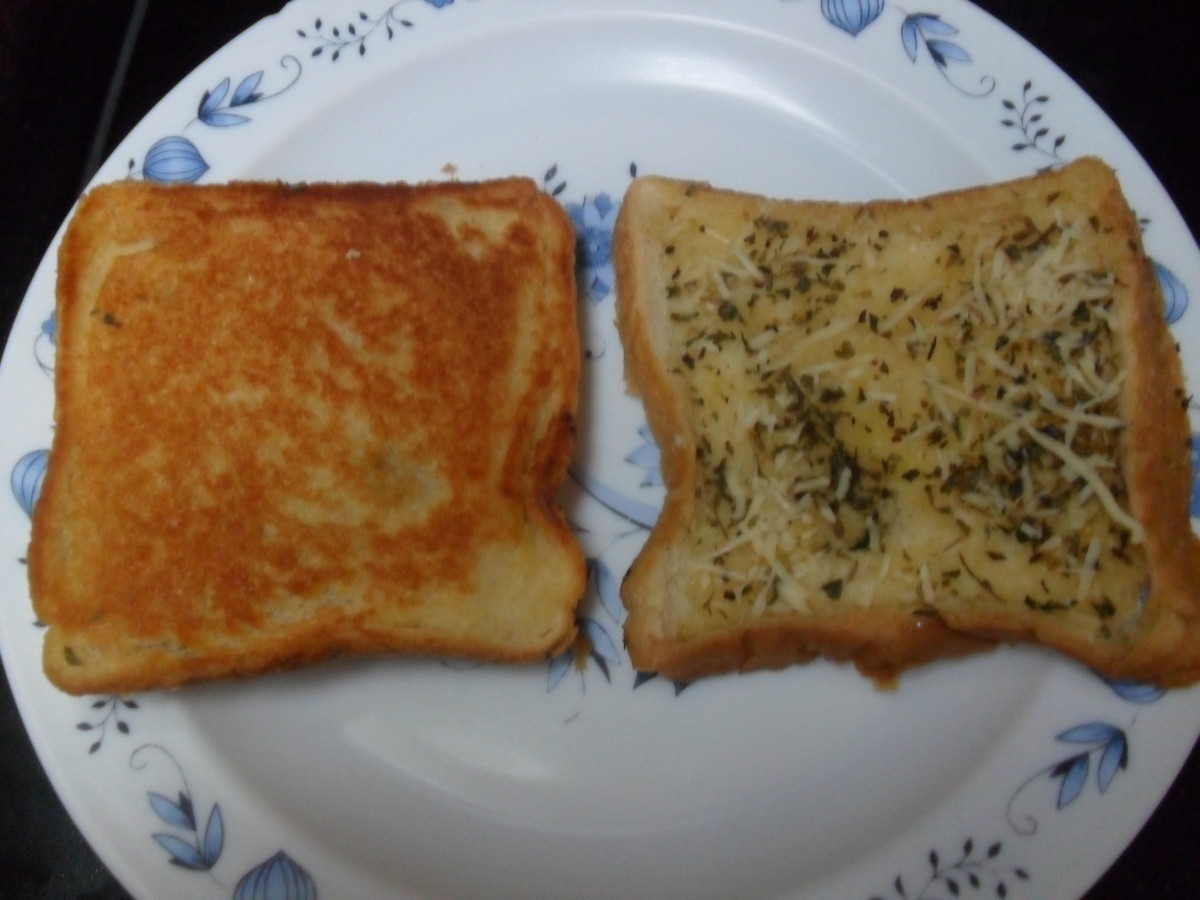 Back and front view of finished product of Homemade Garlic Bread