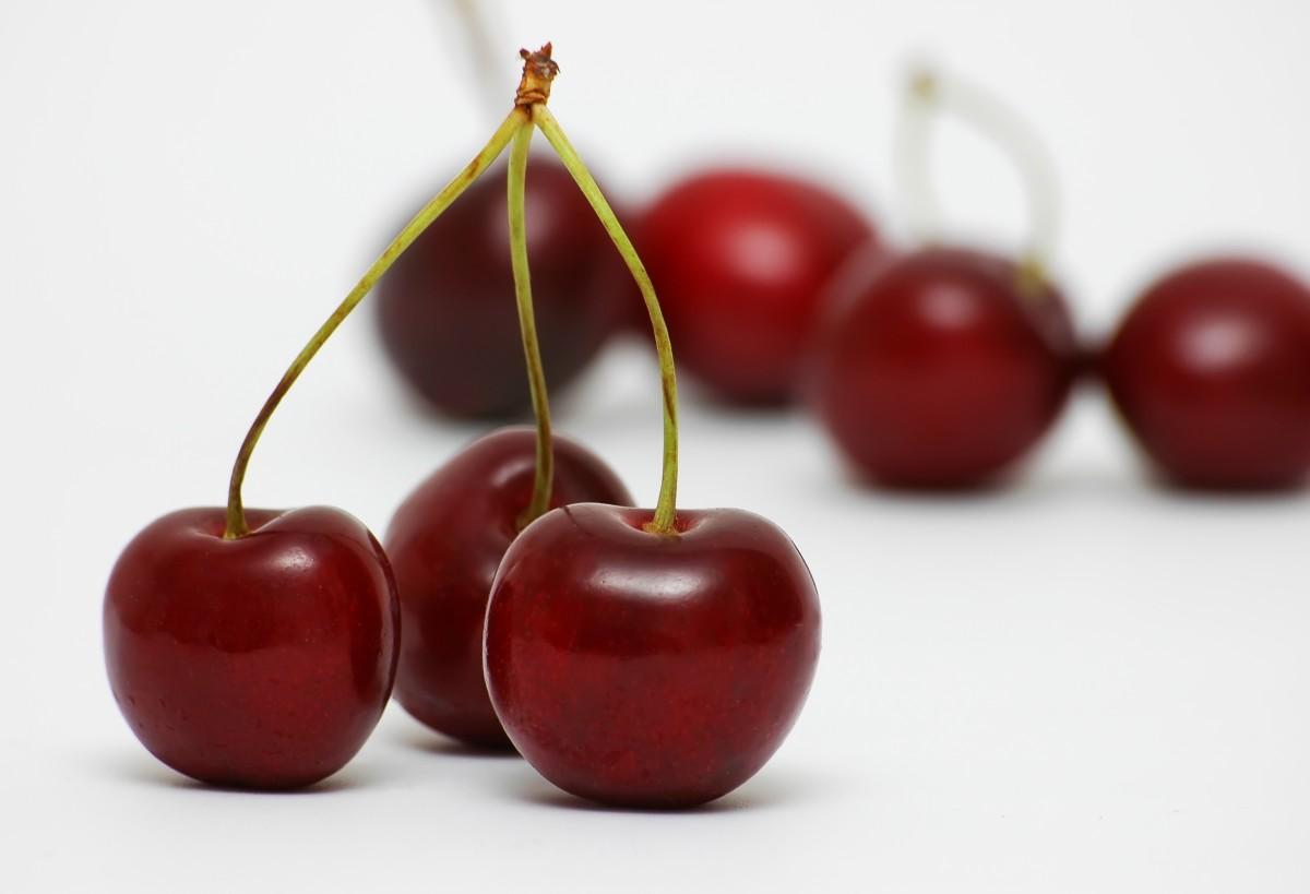 I love the taste of cherries!