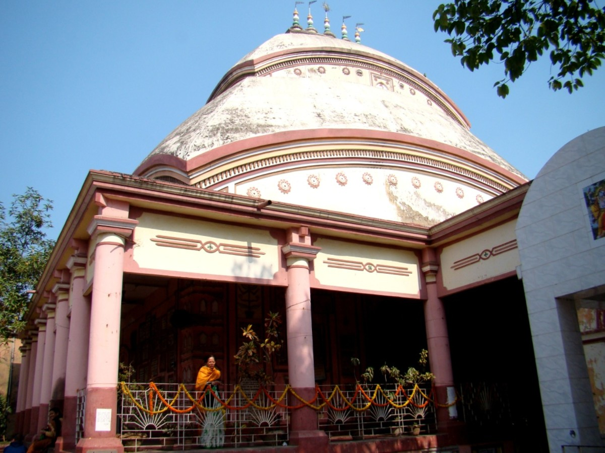 The Aatchala (Eight-roofed) Radhaballabh Jiu temple, Ballabhpur, Mahesh