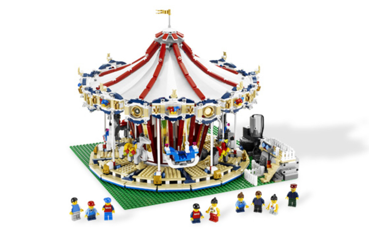 LEGO's BIGGEST Sets Ever Produced: A List of ALL Sets Over 1,000 Pieces!
