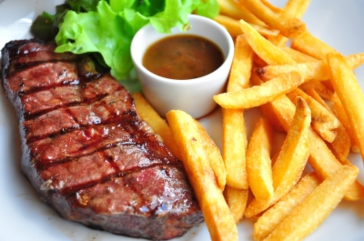 Beef Steak and Chips by smokedsalmon