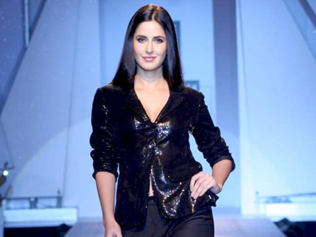 Bollywood Actress Katrina Kaif Hot Photos