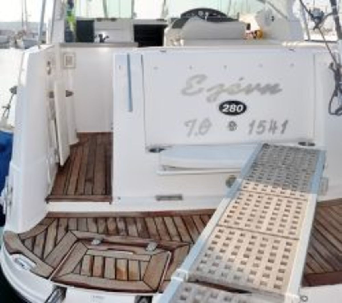 DIY Teak Boat Decking-How to install a teak deck on your boat