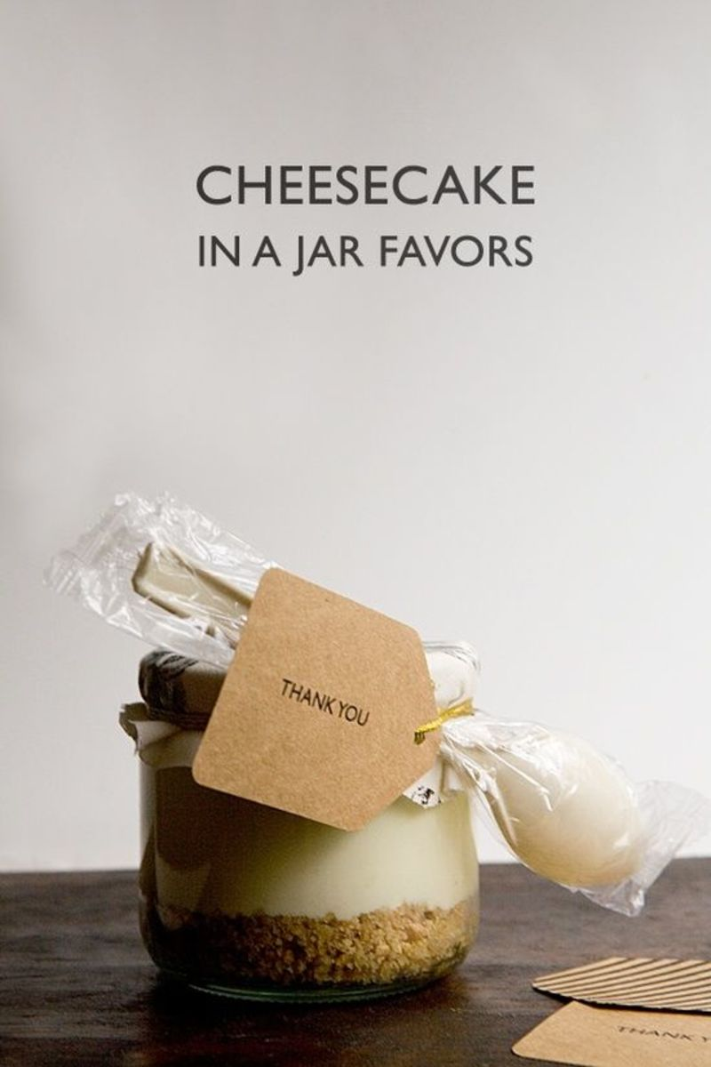 Cheesecake in a Jar Wedding Favors