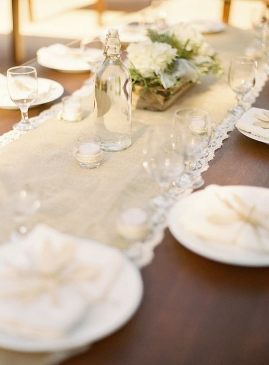 DIY Burlap Table Runner