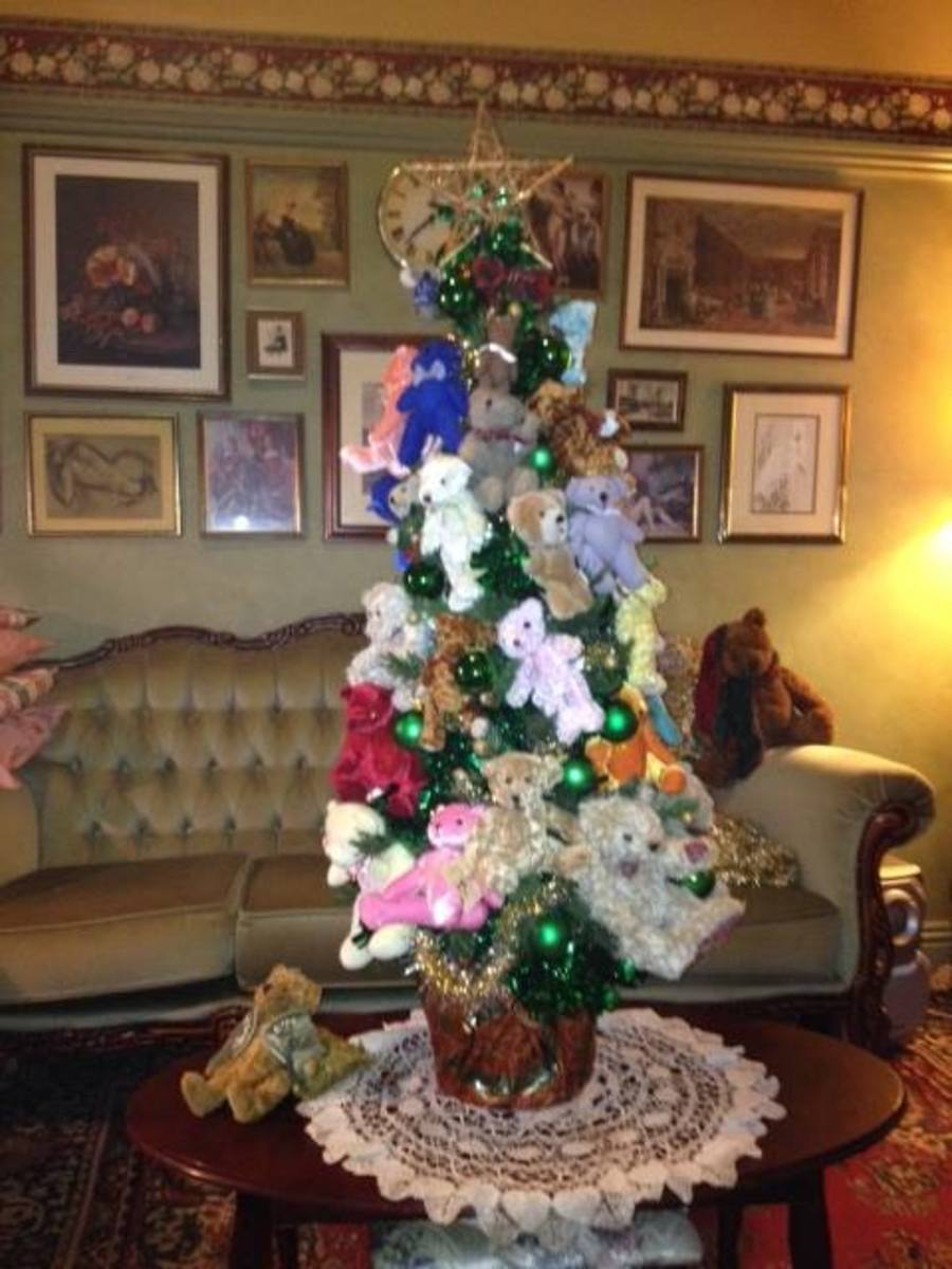 Here's a variation on the teddy bear tree. She made these for a charity.