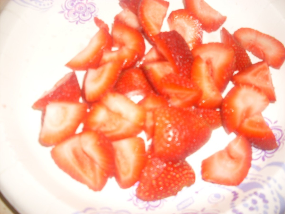 strawberry chunks or strawberry slices