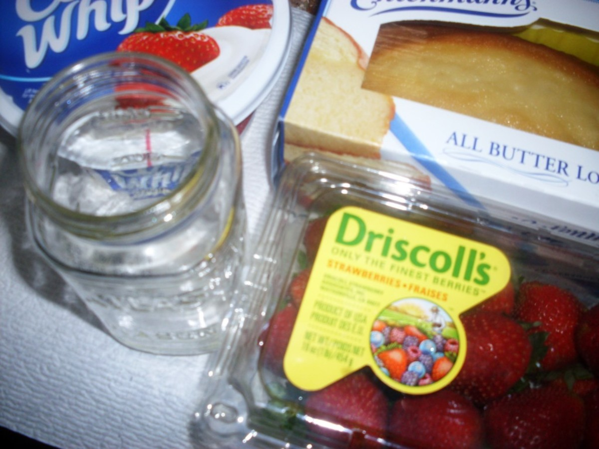 Cool Whip original whipped topping, Entenmann's butter loaf cake, fresh strawberries such as Driscoll's brand, one 12 or 16 ounce mason jar to be layered with ingredients until full