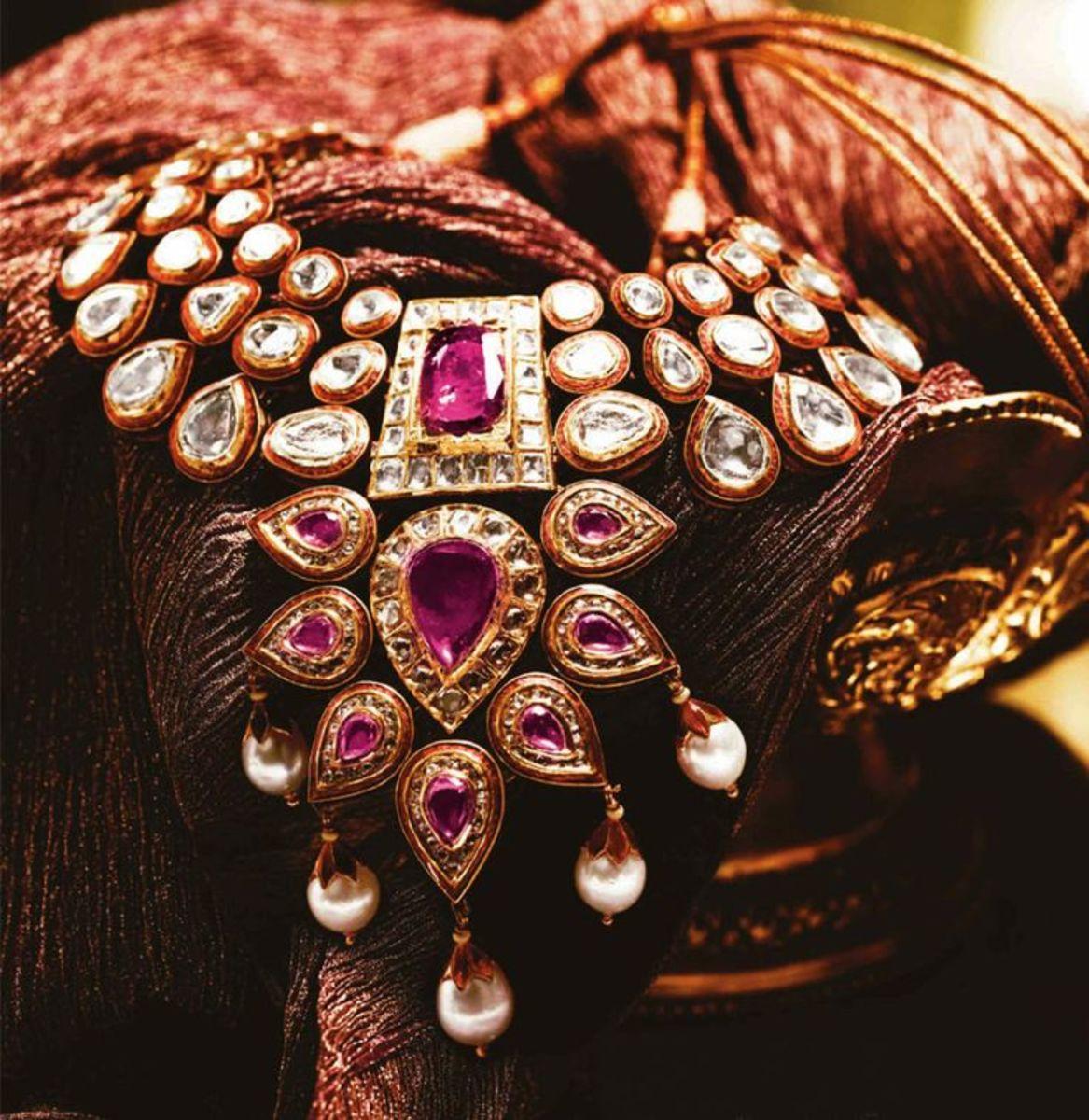 big kundan necklace