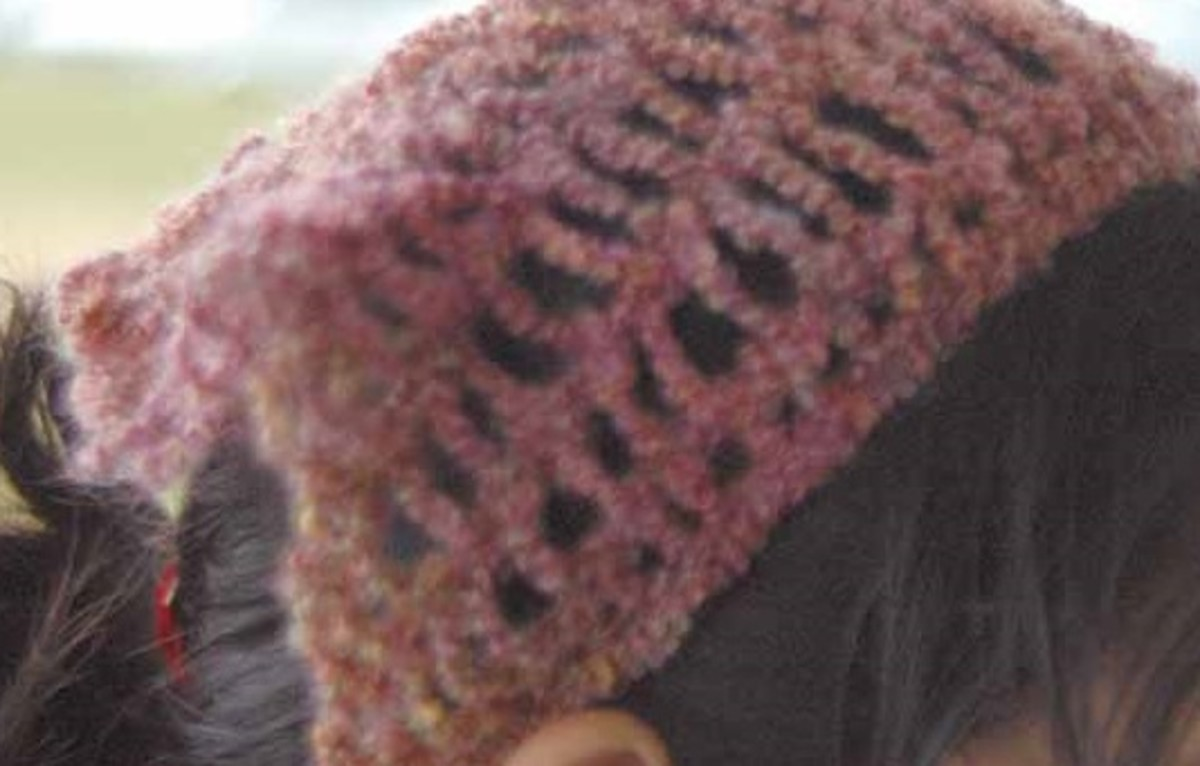 Child's Hair Scarf for the Green Long Knifty Knitter