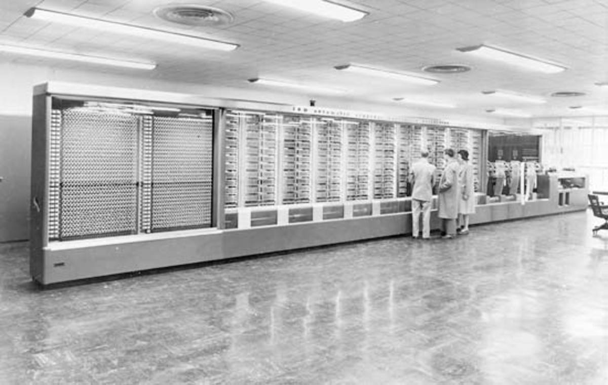 The Mark 1 Computer, designed by Aikens and Grace Hopper was funded by IBM and built and installed at Harvard in 1944. It was 8 feet tall and 55 feet in length. The U.S. Navy used it for ballistics calculations during WWII. It was retired in 1959.