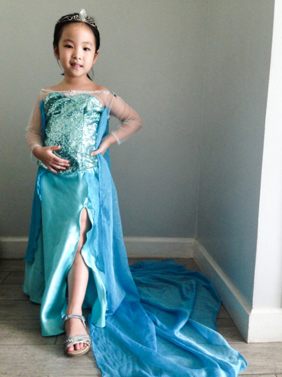 how-to-make-your-own-elsa-costume
