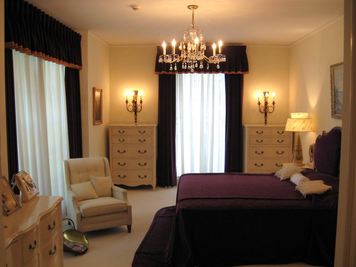 Elegant royal purple bedroom design