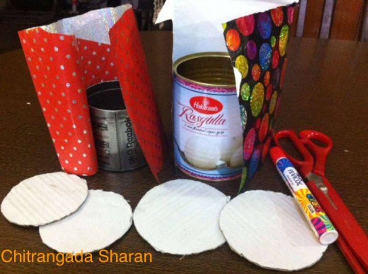 Easy crafts for kids reuse waste materials to make multi for Useful things from waste paper