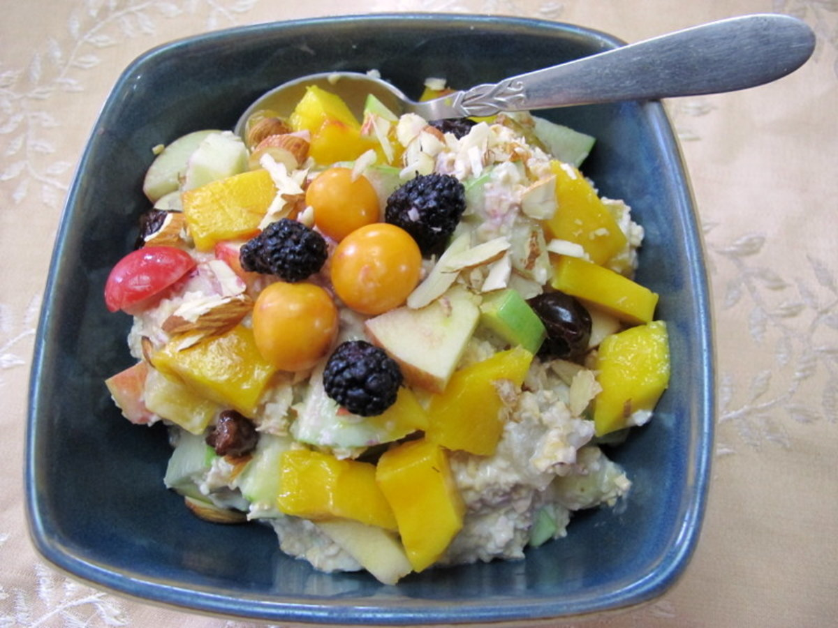 Apple Muesli with Fresh Berries