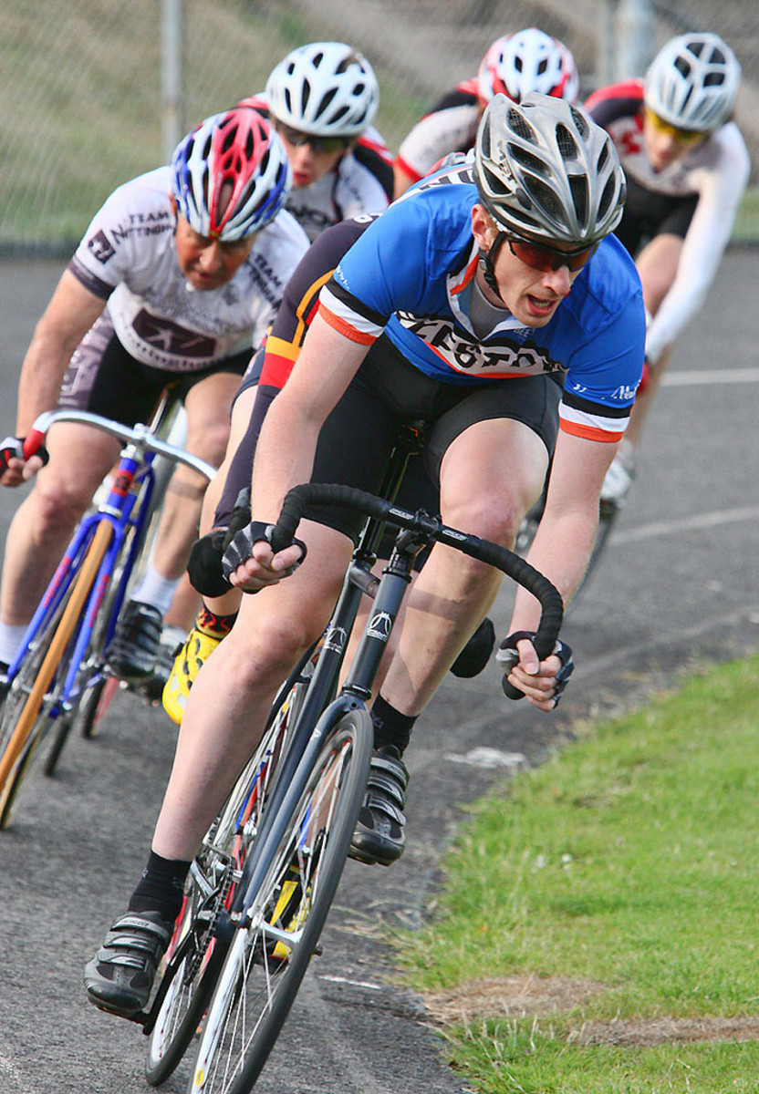 A Beeston CC rider on the front of the bunch at Forest Town Track, Nottinghamshire