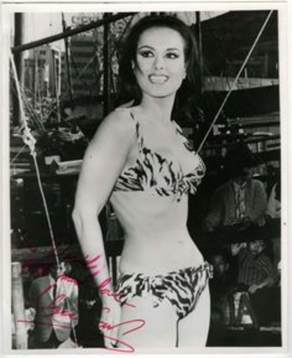 Stunning autographed photo of Aliza Gur in black and white.