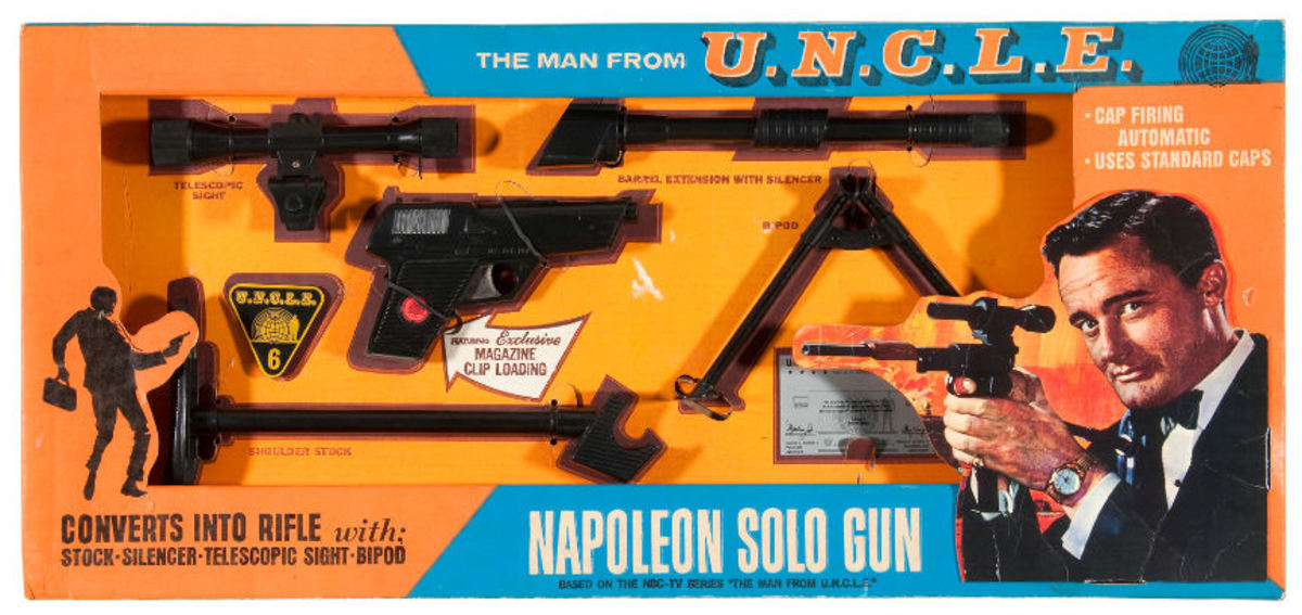 This vintage collectible Napoleon Solo gun set in Mint condition can set you back $500 to $750
