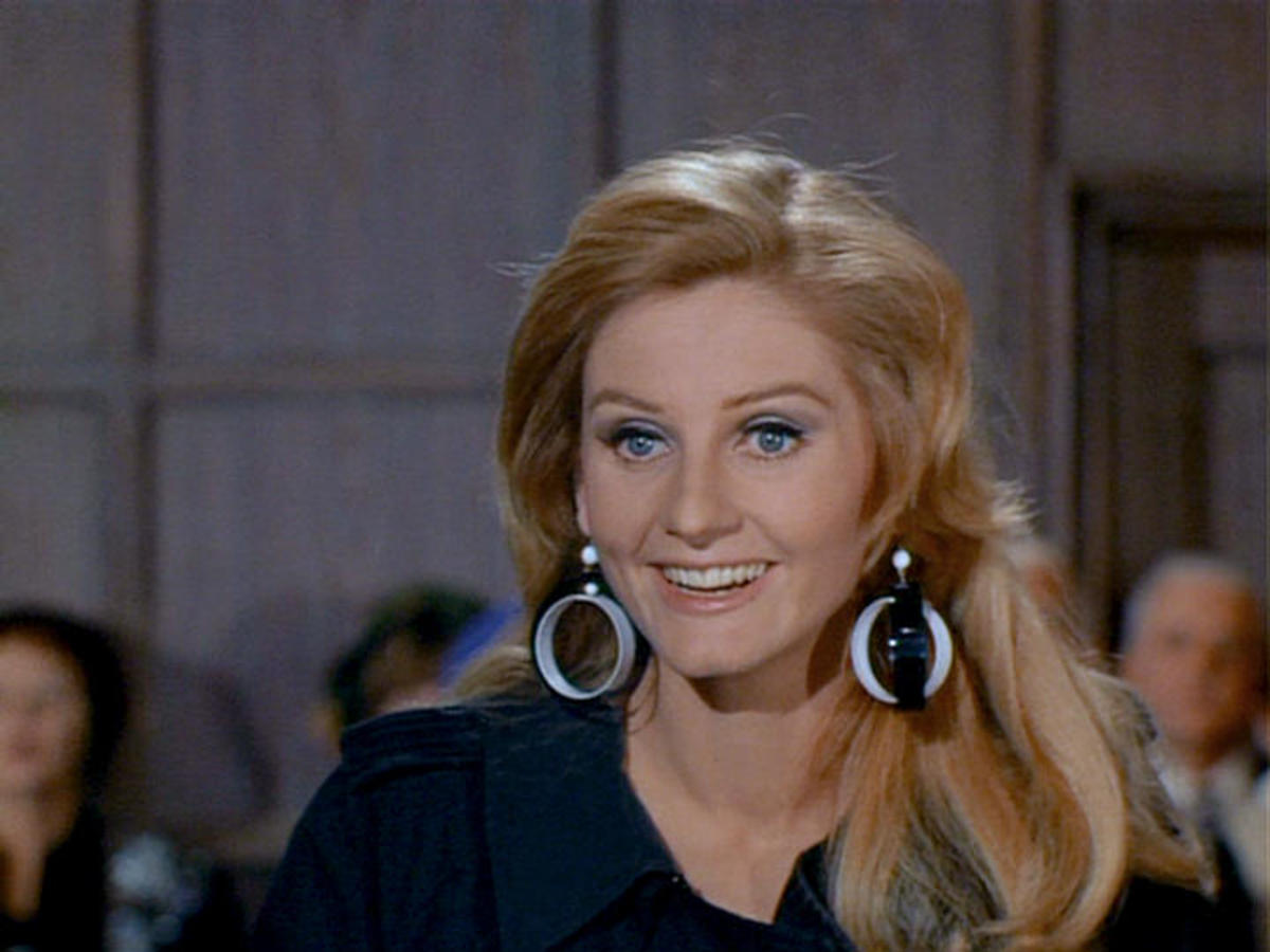 Jill Ireland As Imogen Smythe in ' The Five Daughters Affair'
