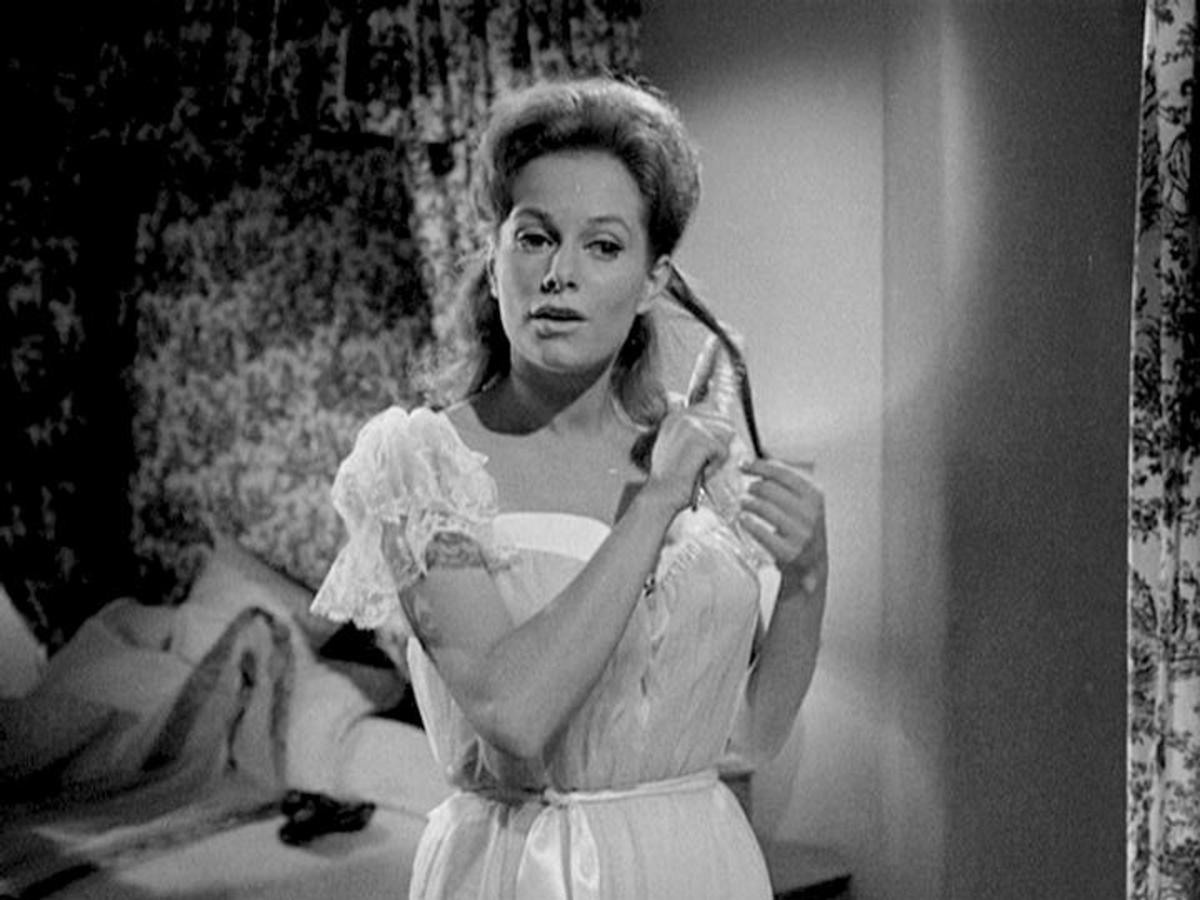 Luciana Paluzzi in The Four steps Affair