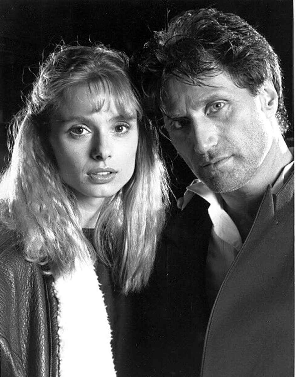 Maryam d'Abo and Joe Cortese 1988 publicity photo for series.