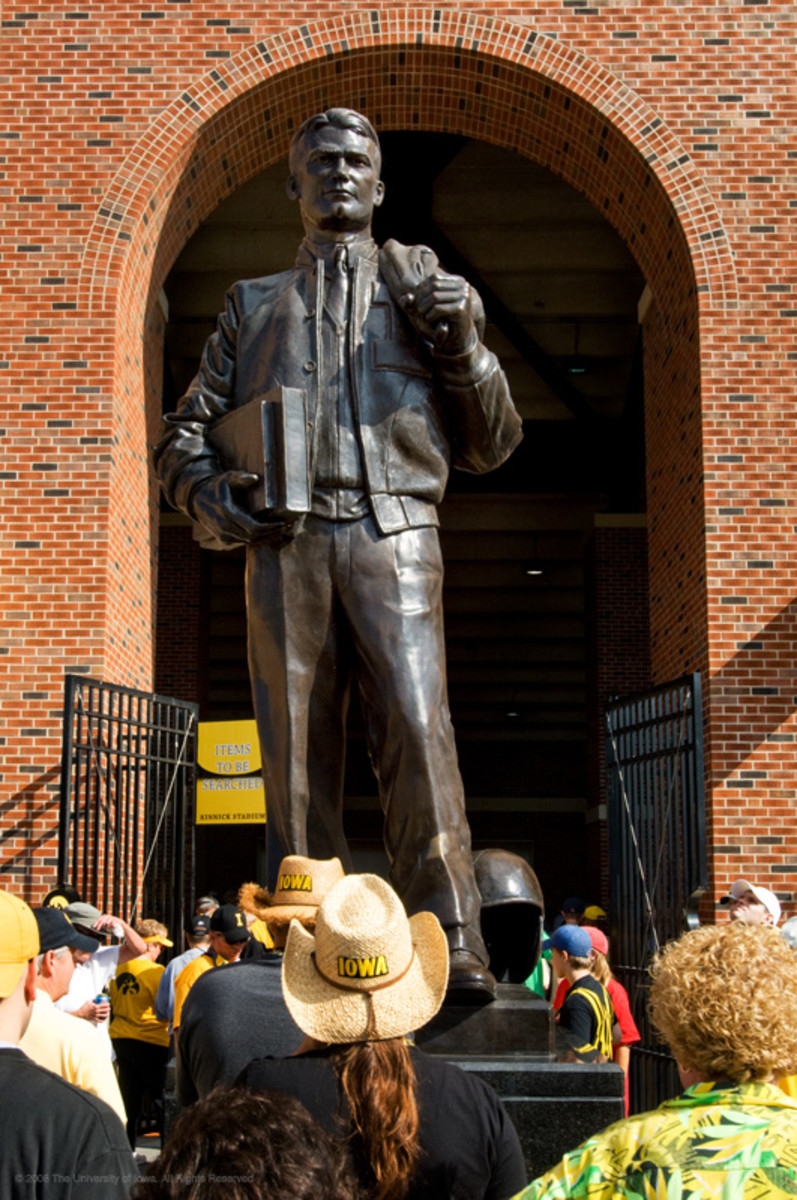 The enormous statue of Nile Kinnock on the University of Iowa campus is dwarfed by the man himself.