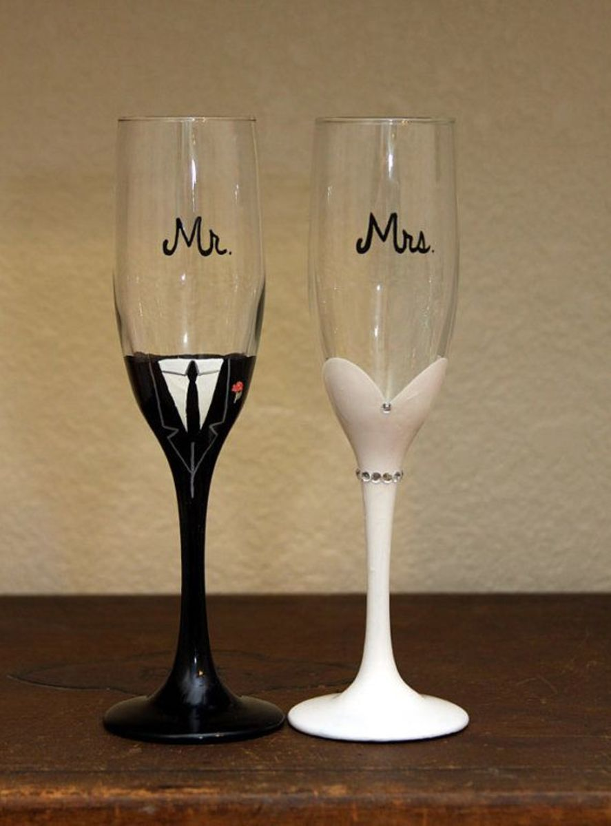Cute groom & bride glass - idea 1