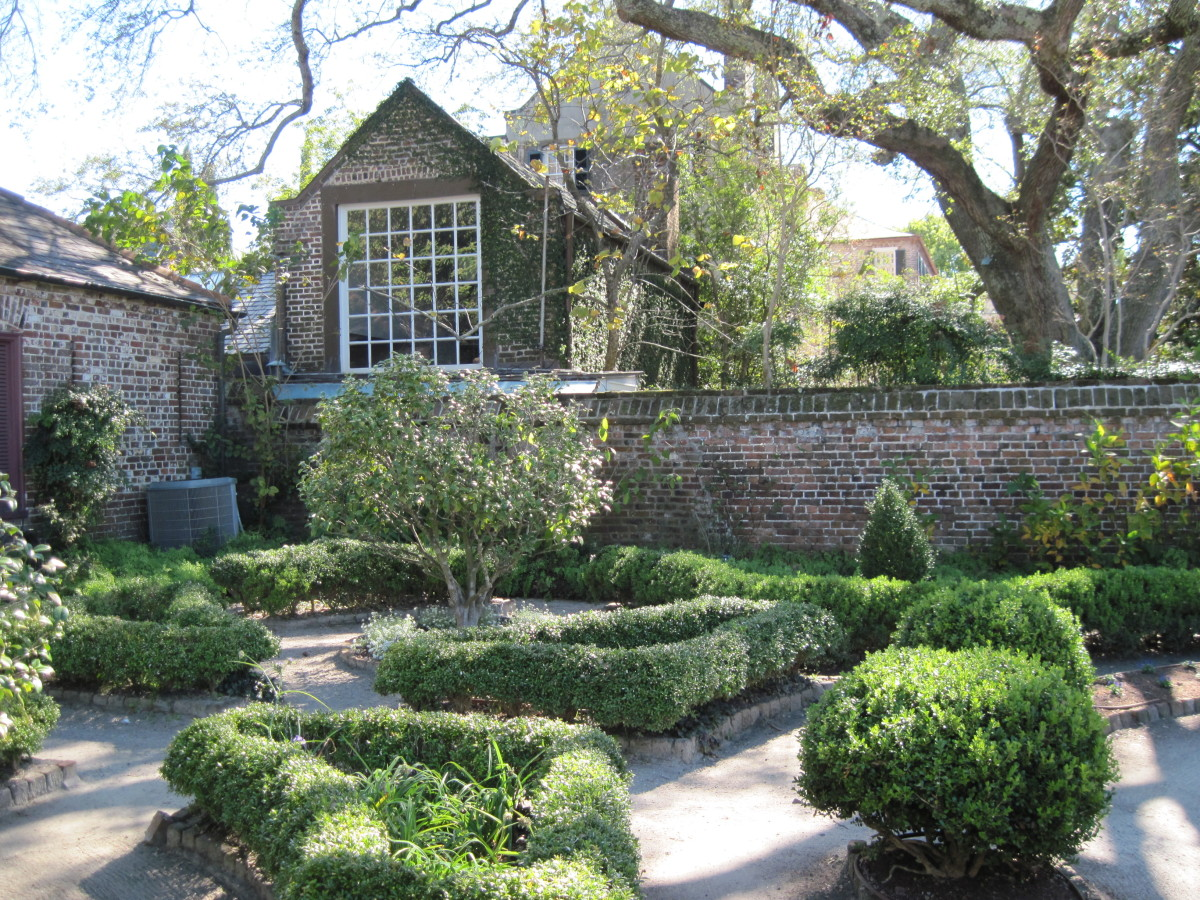 Garden at Heyward-Washington House