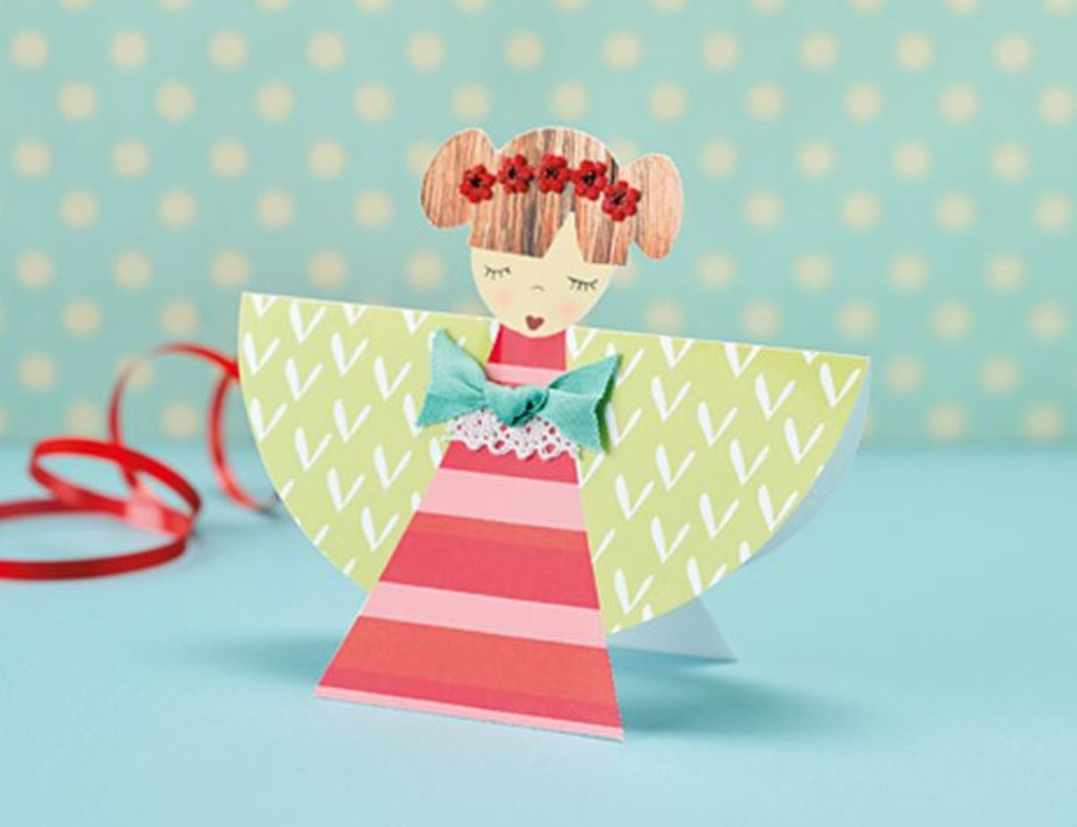 Make Some Last Minute Cards. Find these printables by clicking on the picture.