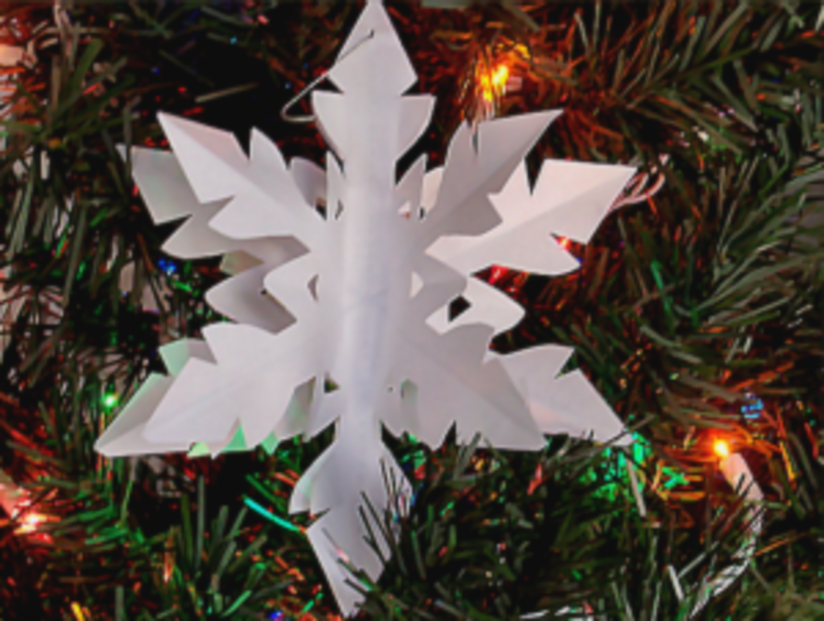 Printable Paper Snowflakes from snowflakesforchristmas.com