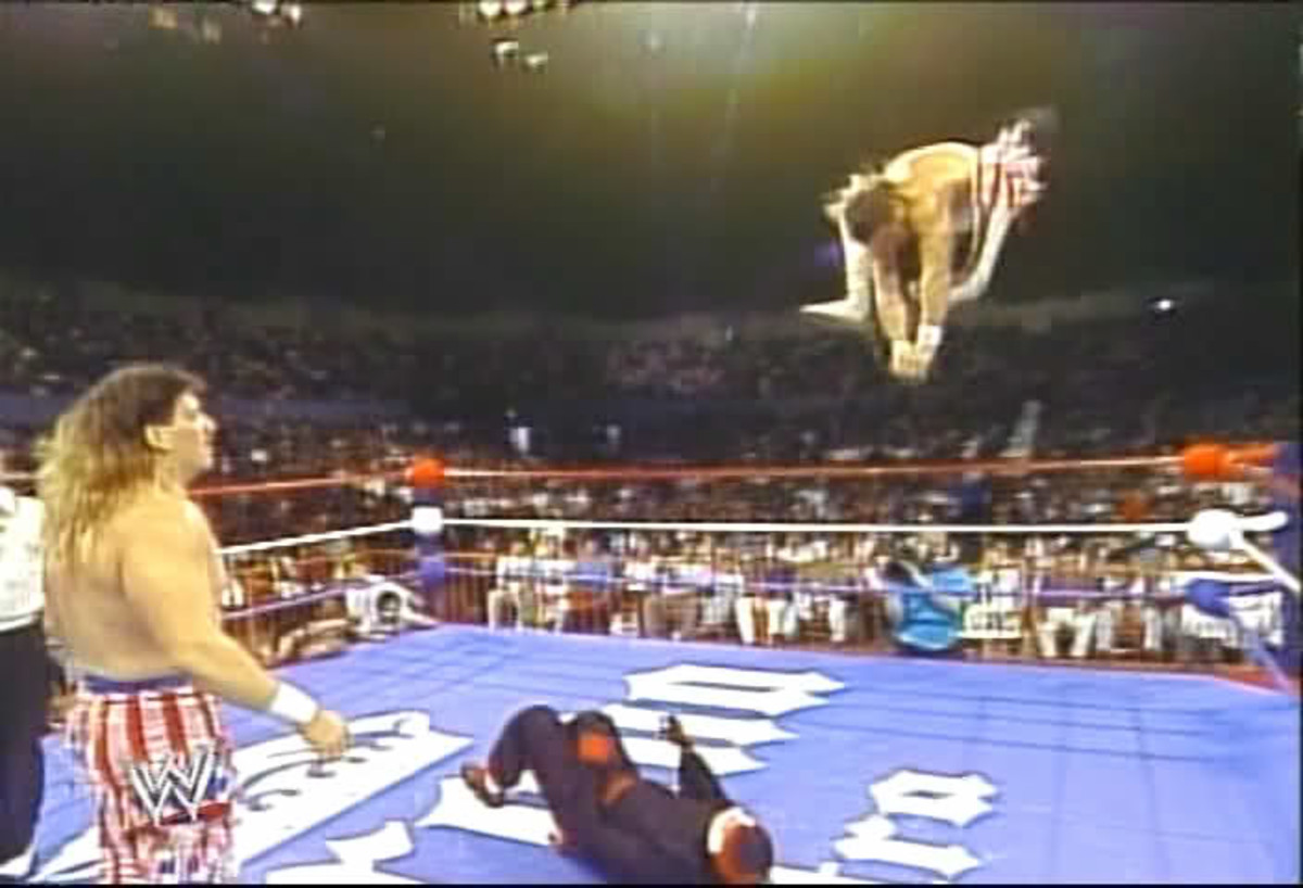 Barr performing his Frog Splash during the famous When Worlds Collide tag match