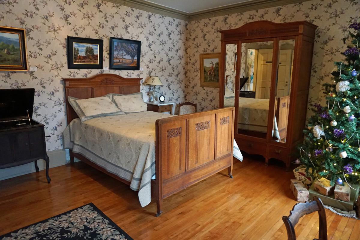 Felt Mansion Daughter's Bedroom