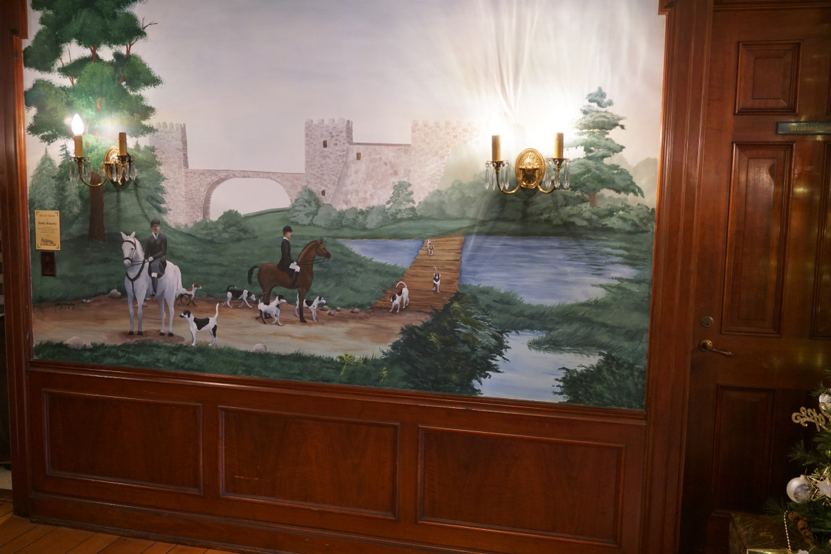 Felt Mansion Dining Room Mural
