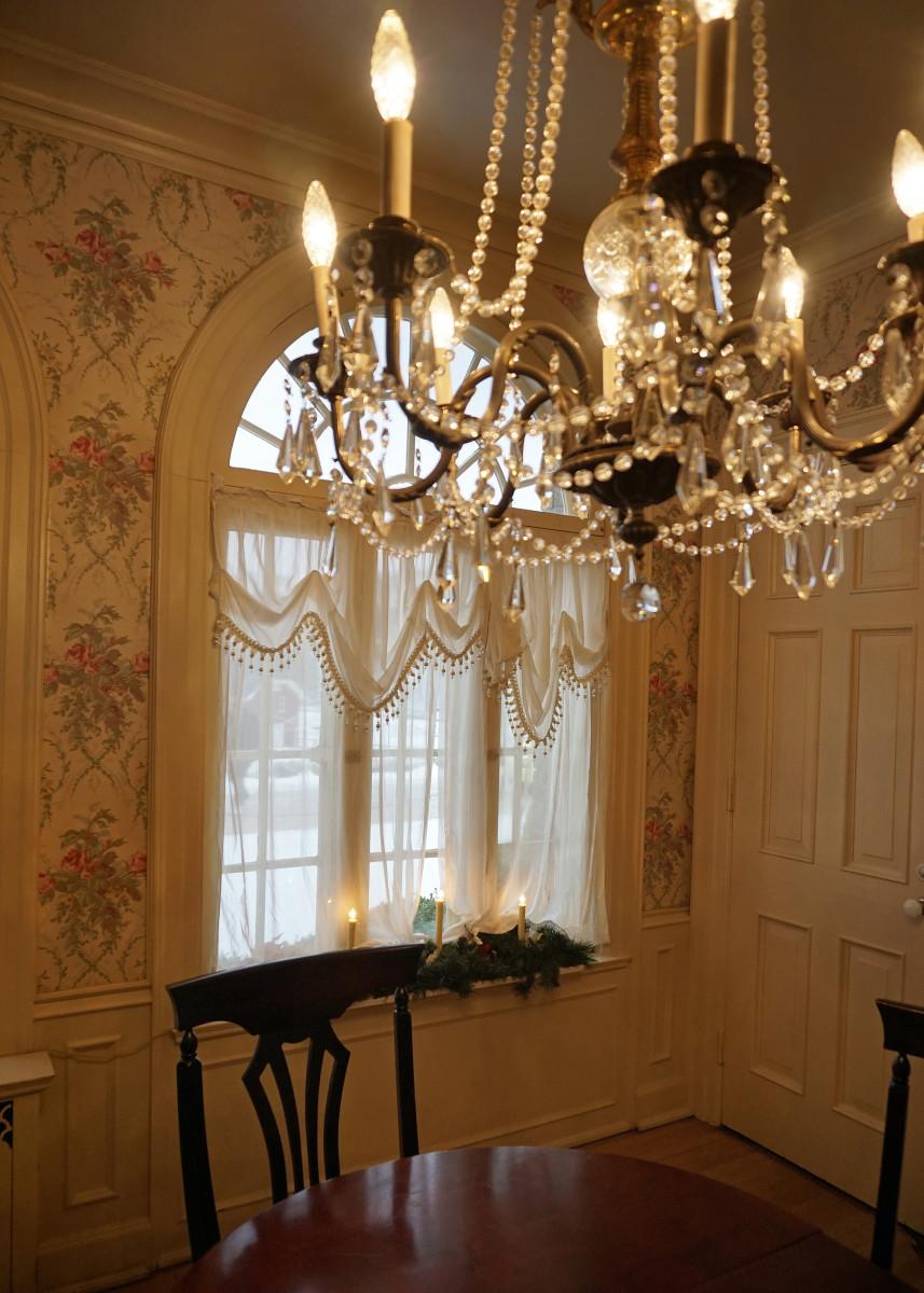 Felt Mansion Breakfast Room