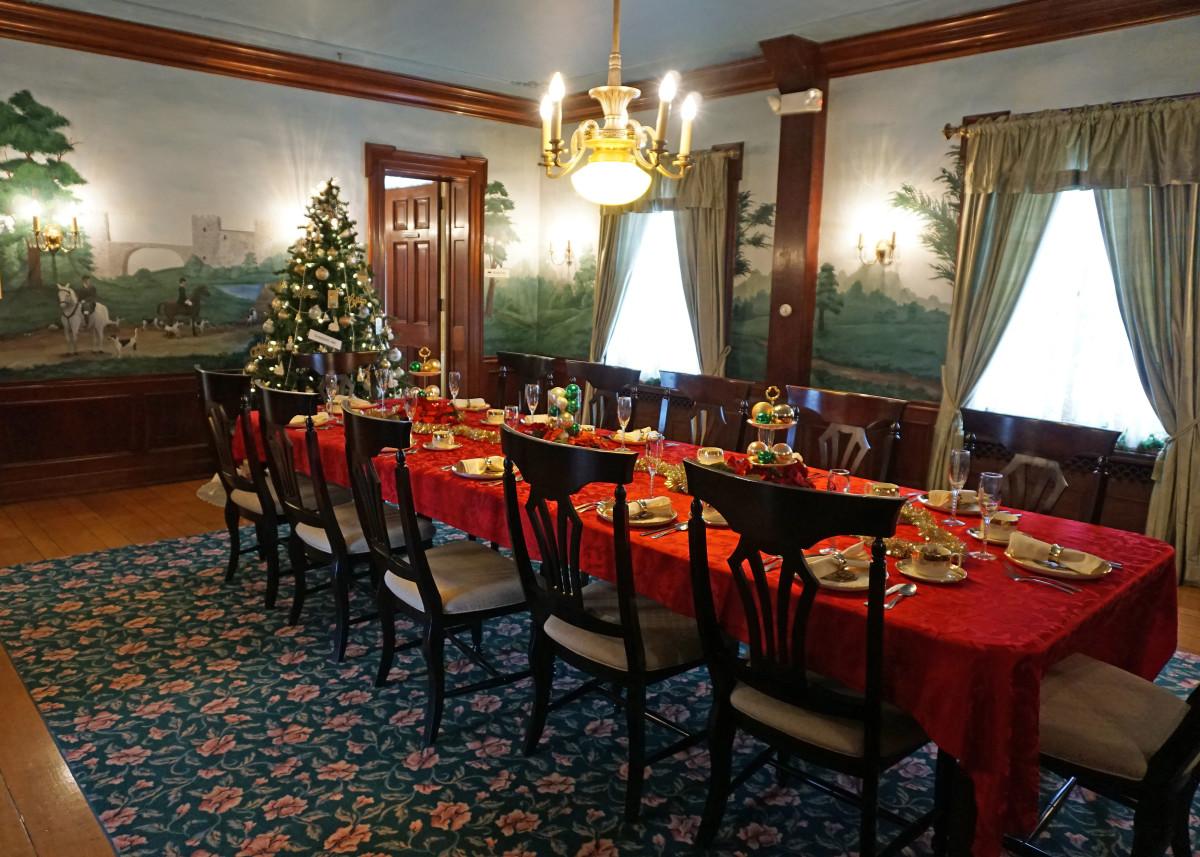 Felt Mansion Dining Room