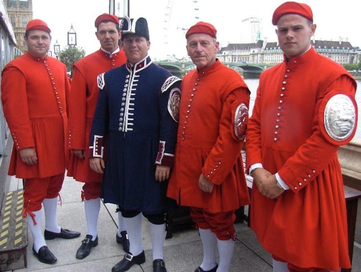 Five recent Doggett's Coat & Badge winners line up at London Bridge