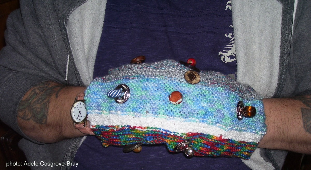 Dementia Care:  How to Make a Twiddlemuff!