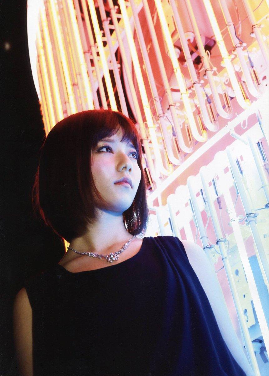 haruka-shimazaki-the-cute-idol-singer-bikini-model-and-member-of-akb48