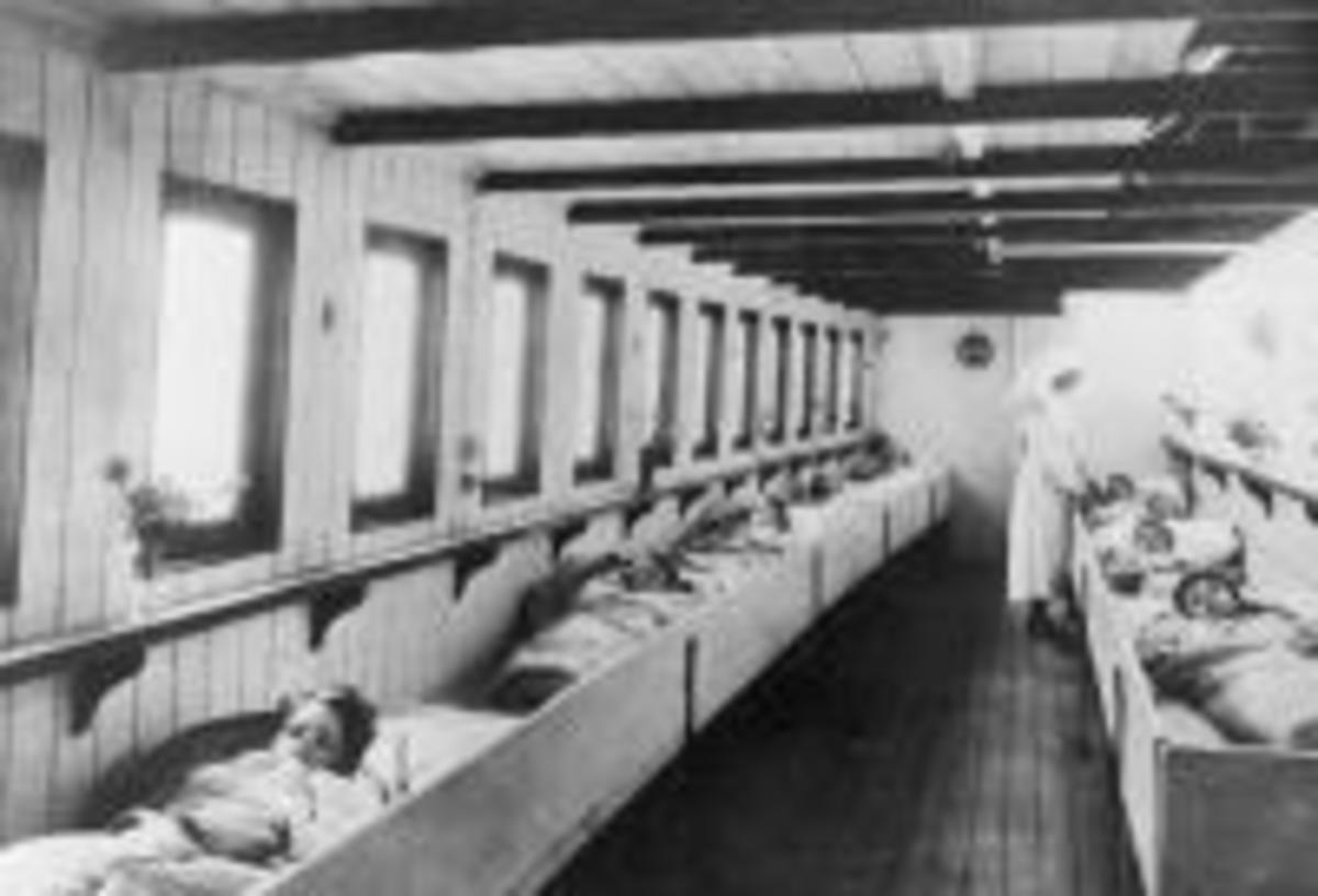 Interior of Geneva Cross ambulance steamer