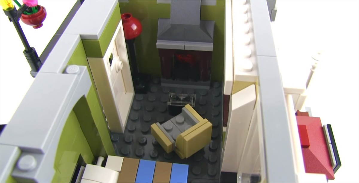 LEGO Creator Parisian Restaurant Modular Building | The second floor.