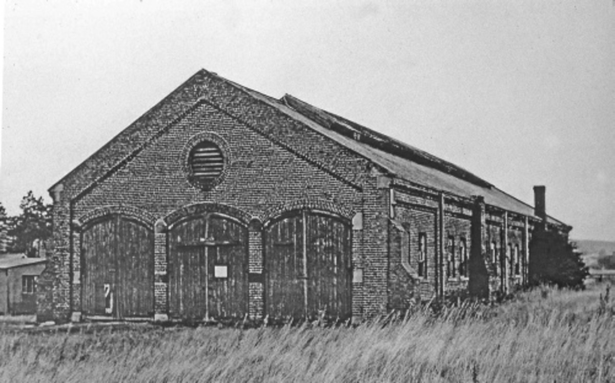 Battersby's three-road loco shed stood on the south side of the exchange sidings - it was used to house the three NER vintage twelve-wheel restaurant cars in LNER ownership in WWII