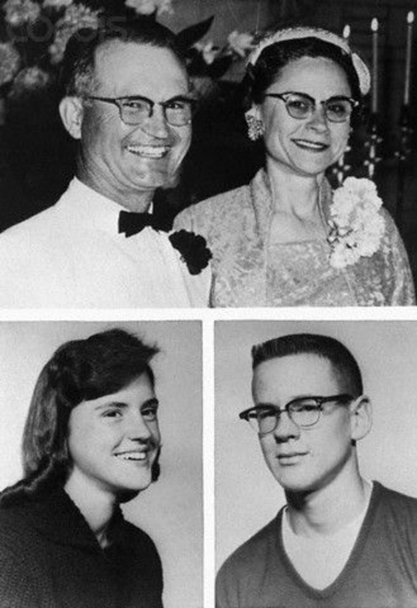 Read & Watch Series:  1959 Murder of the Clutter Family in Olathe, Kansas