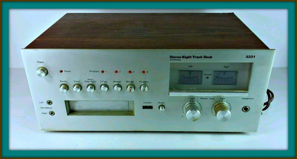 JC Penney 8 Track Player Recorder, Model MCS 3331, Made 1977