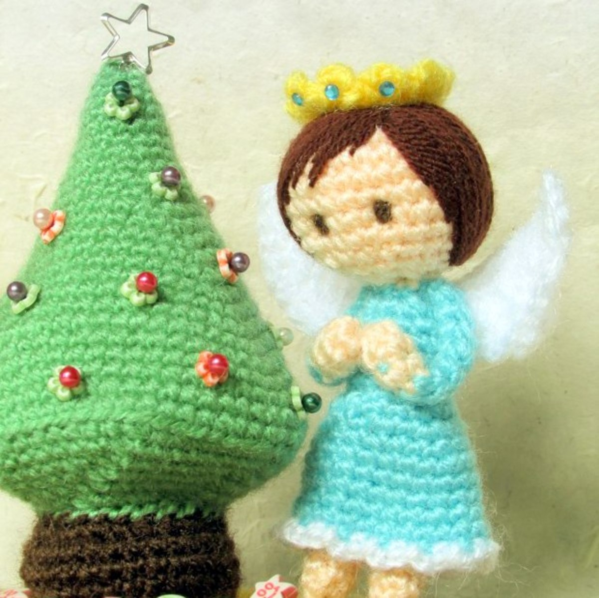 Free Amigurumi Christmas Tree Crochet Patterns.