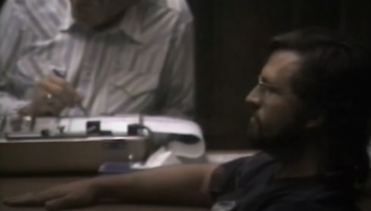 Darin Routier taking a polygraph test (which he failed)