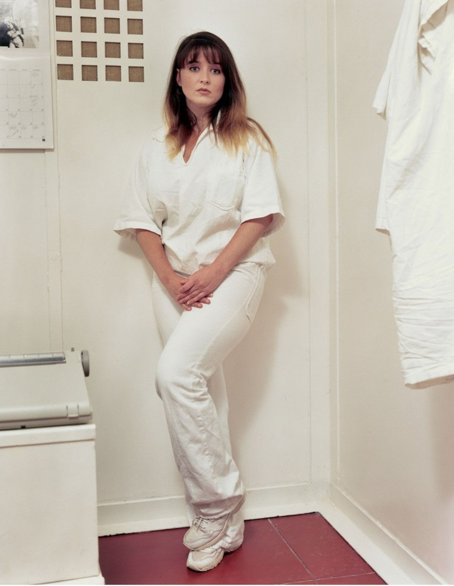 Darlie Lynn Routier posing in her cell for a photo on death row in Gatesville, Texas.
