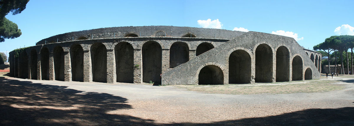 buildings-in-pompeii-and-herculaneum