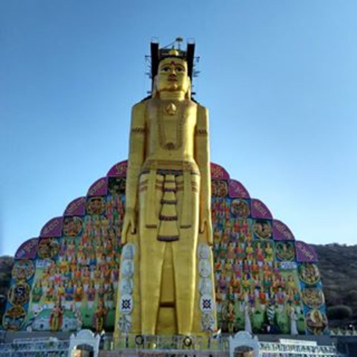 108 feet tall Statue of Jain Lord Adinath in Palitana, Bhavnagar Gujatrat
