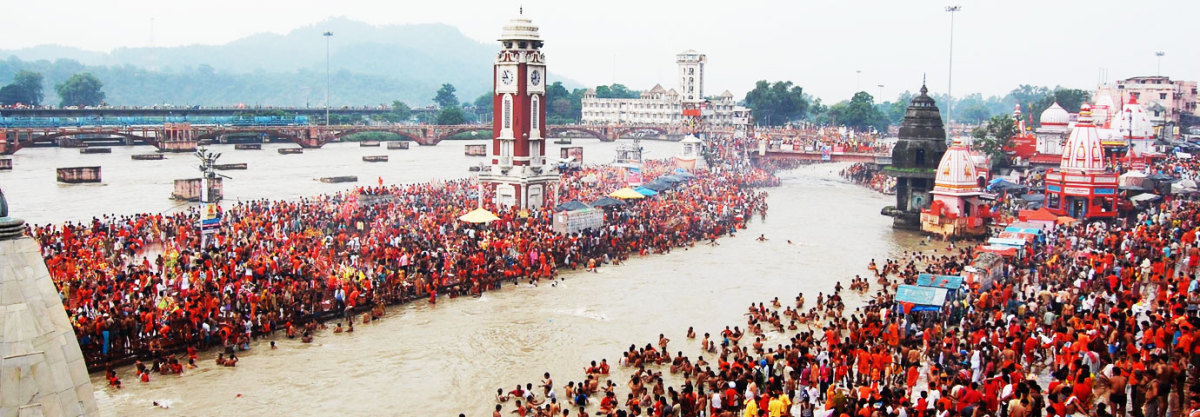 Hindu Devotees Gathering at Har ki Pouri - Haridwar